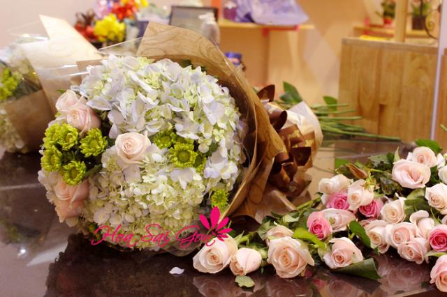 Hình ảnh 43 bó hoa sinh nhật đẹp làm say đắm mọi cô gái Hinh-anh-43-bo-hoa-sinh-nhat-dep-lam-say-dam-moi-co-gai-24