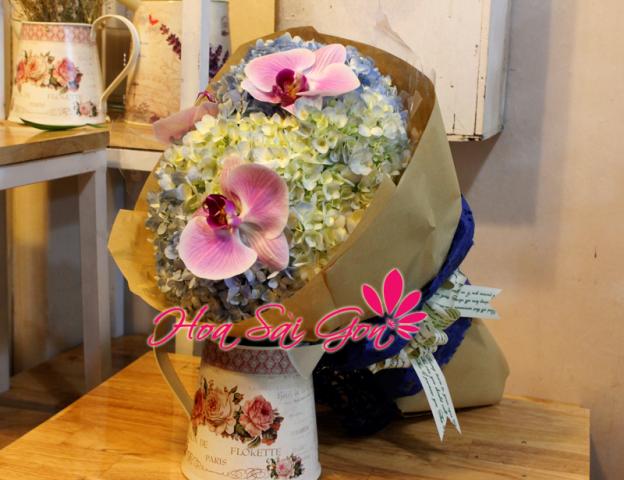 Hình ảnh 43 bó hoa sinh nhật đẹp làm say đắm mọi cô gái Hinh-anh-43-bo-hoa-sinh-nhat-dep-lam-say-dam-moi-co-gai-29