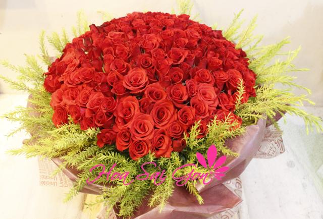 Hình ảnh 43 bó hoa sinh nhật đẹp làm say đắm mọi cô gái Hinh-anh-43-bo-hoa-sinh-nhat-dep-lam-say-dam-moi-co-gai-31