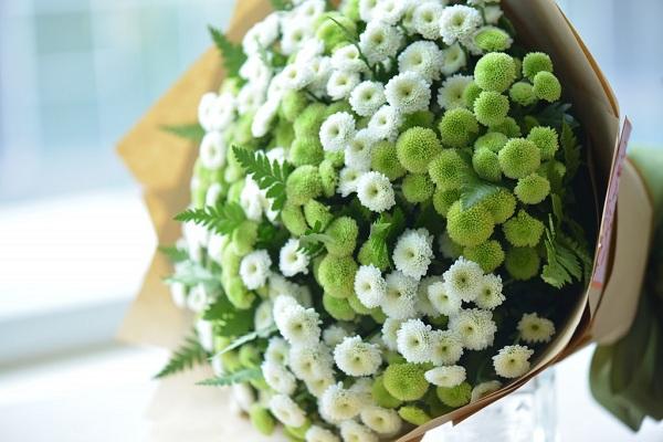 4be165f65b Hình ảnh những bó hoa sinh nhật cúc Calimero đẹp