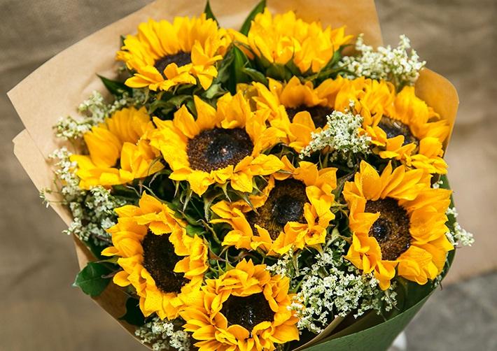 Bỏ túi bí quyết chọn bó hoa sinh nhật đẹp nhất tặng bạn trai