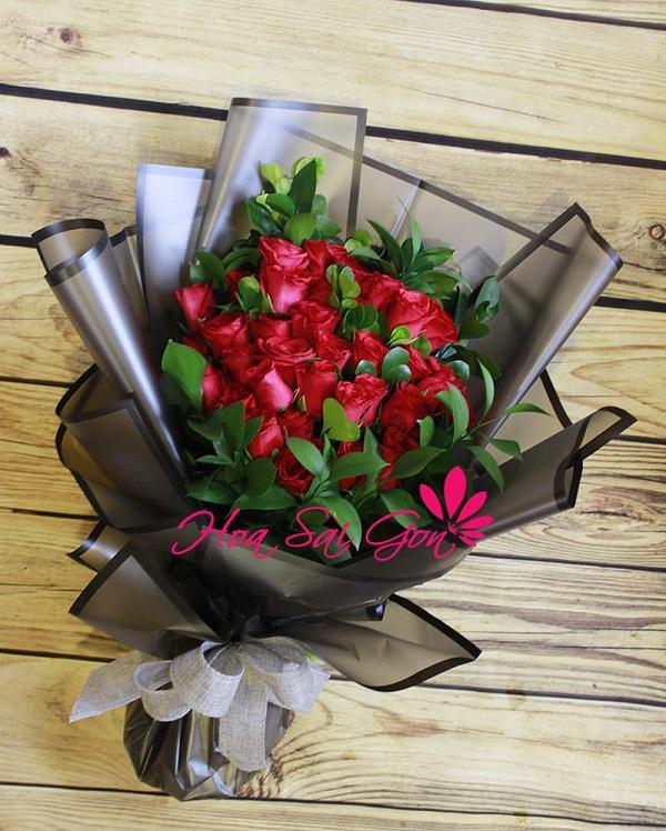 Nhận được một bó hoa hồng đẹp trong ngày sinh nhật chắc chắn người nhận sẽ vô cùng hạnh phúc